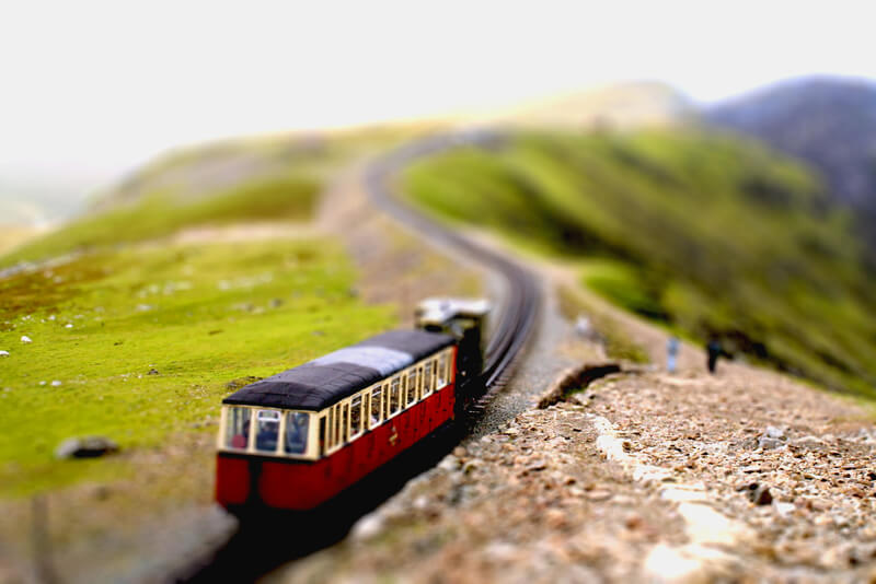 tilt shift snowdon railway