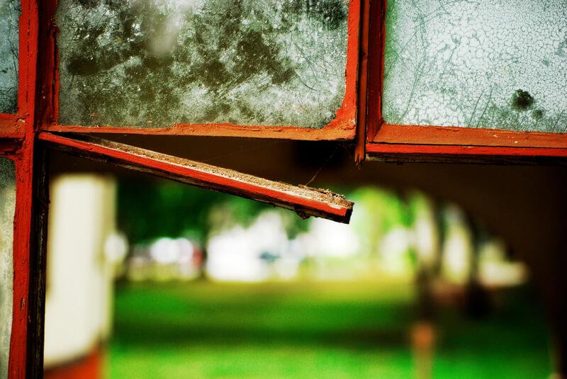 urban decay window panes