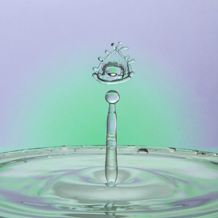 Fascinating Examples Of High Speed Drop Photography - High speed liquid bubble photography