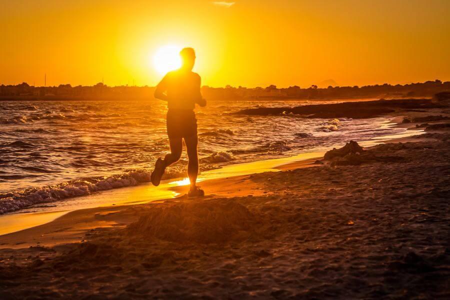 Andrés Nieto Porras - Sunset Running