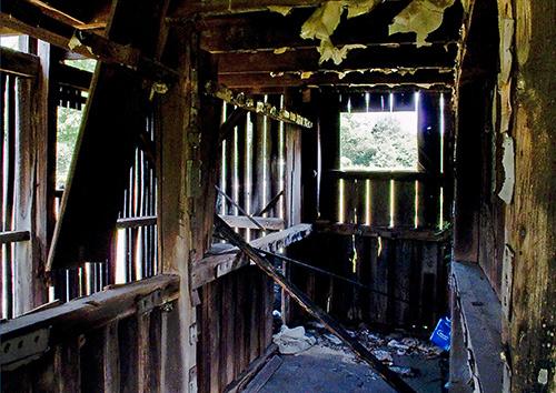 Barn-Interior---3