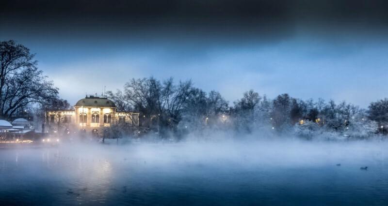 Елена Пејчинова - Budapest Winter Mist