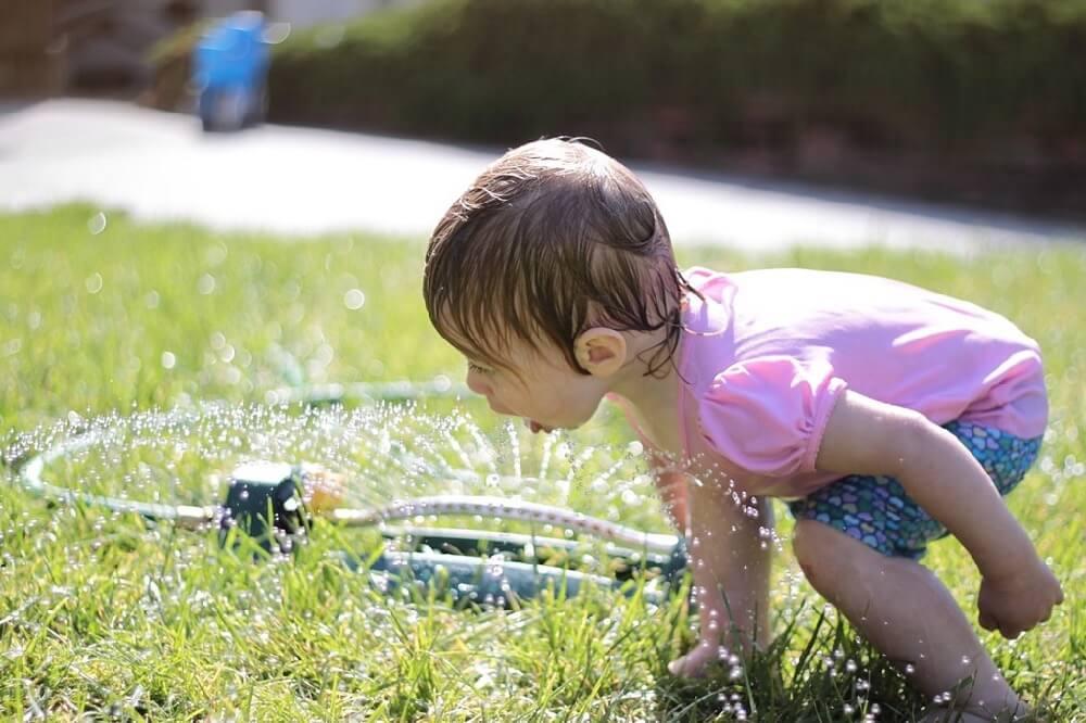 Matt Molinari - Sprinkler Summer Fun