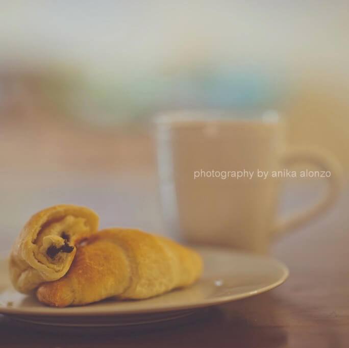 photography by anika alonzo - wake up time