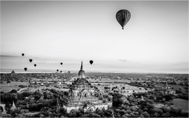 Myanmar - .balloons over bagan.