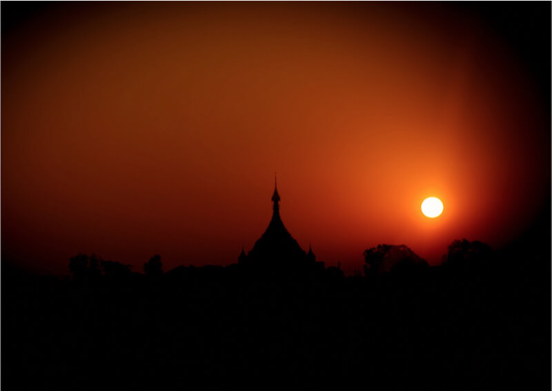 Myanmar - .temple and the sun.