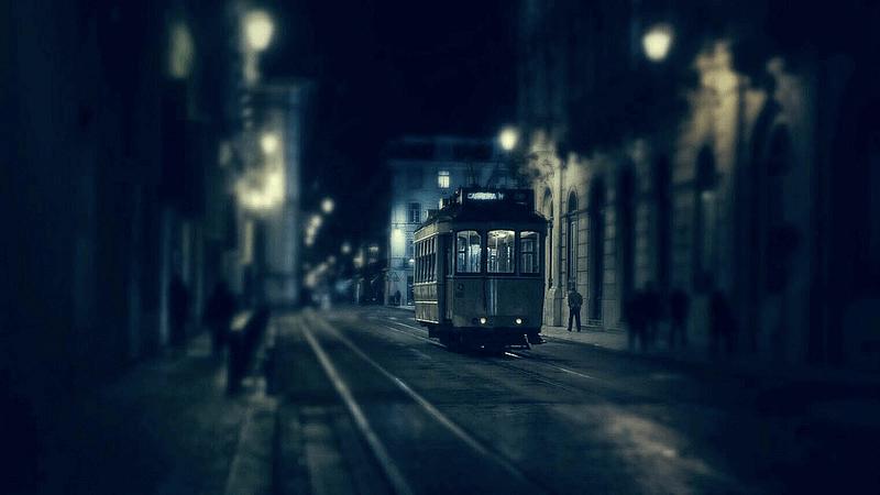 Joao Santos - night street photography