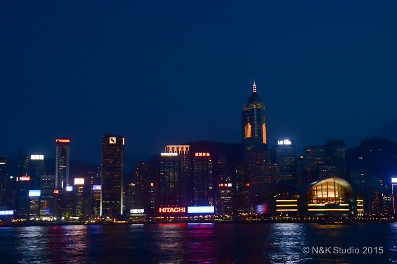 cityscape Hong Kong at night