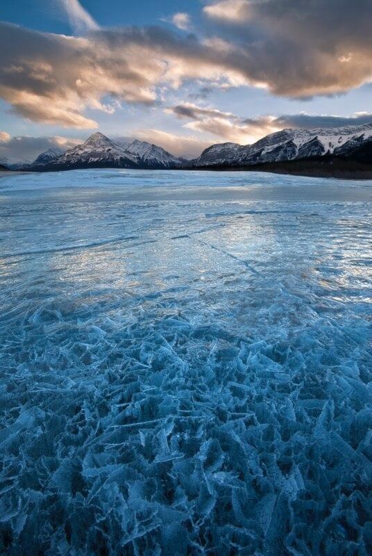 Abraham Lake Frozen Puzzle - Grant Ordelheide