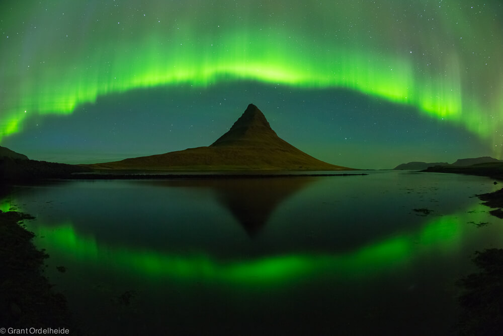 Auora borealis over Kirkjufell mountian in western Iceland.