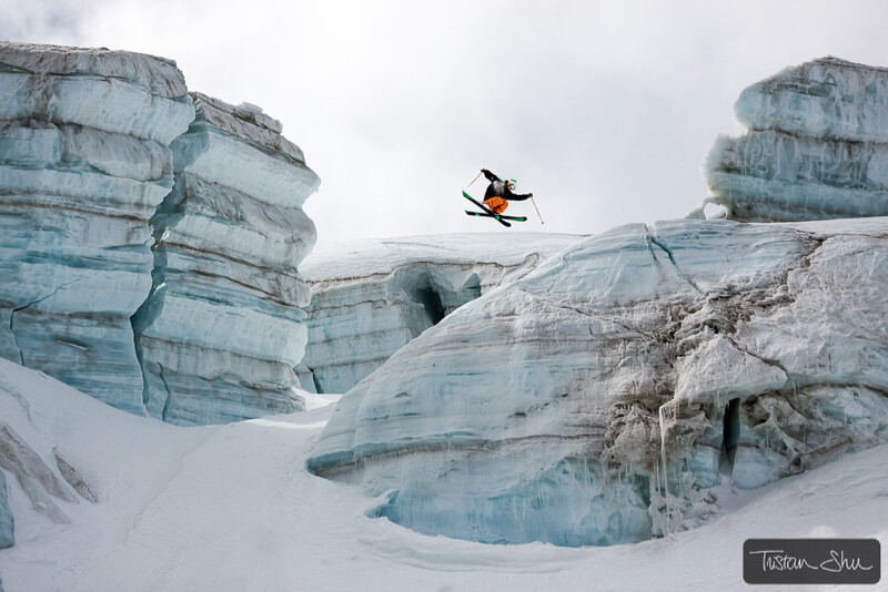 Skier doing a 360