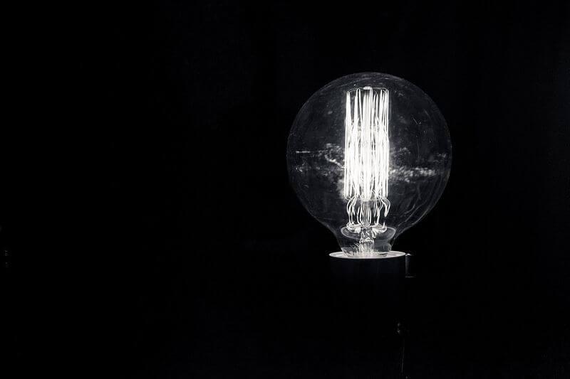 Flixelpix - Light bulb