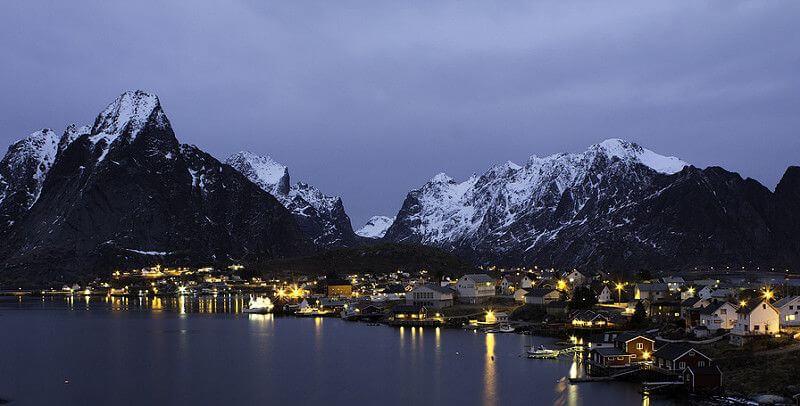 Jakob Nilsson-Ehle - Lofoten Fishing Village