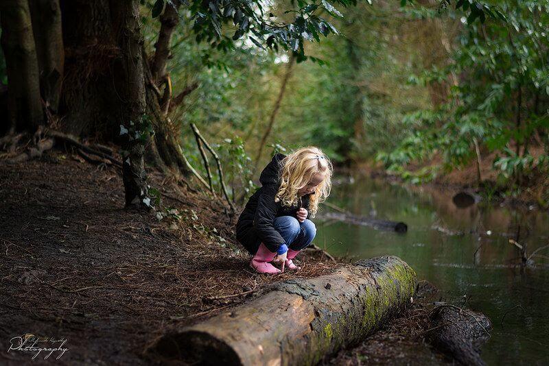 Malgorzata Kapustka girl playing by water