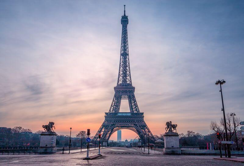 ilirjan rrumbullaku - Morning Paris Eiffel Tower
