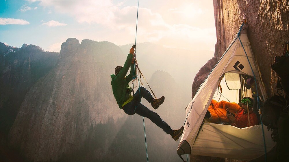 Sekgei - Tommy Caldwell free climbing El Capitan's Dawn Wall