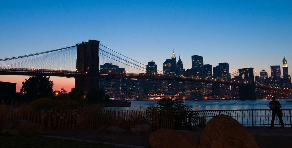 See-ming Lee - Brooklyn Bridge / SML