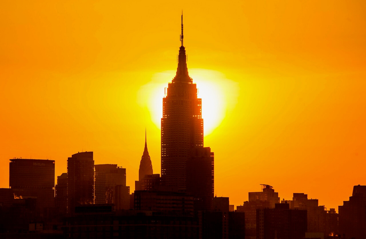 Anthony Quintano - Sunrise behind the Empire State Building in New York City