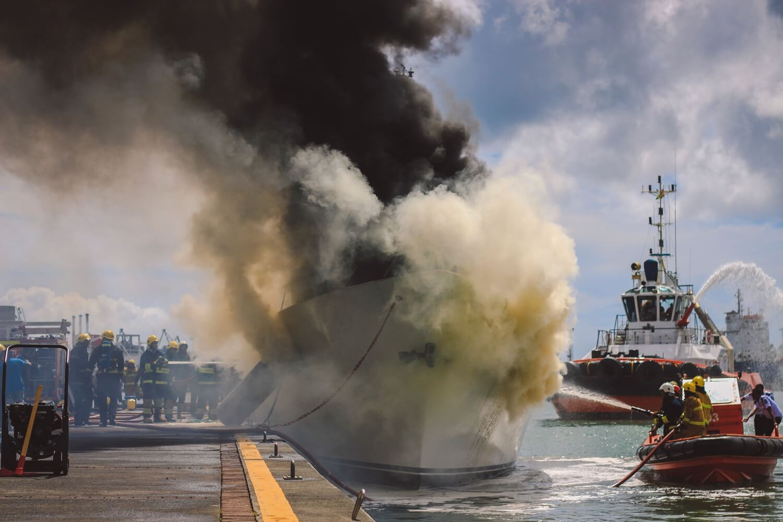 Daren Mauree - griffon boat fire