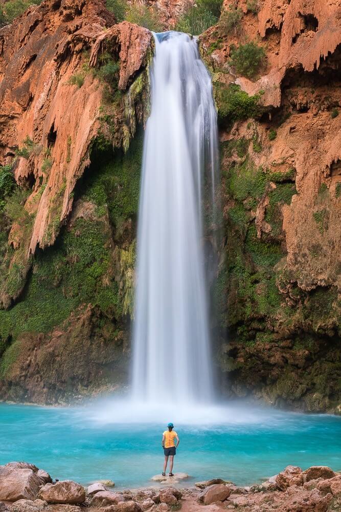 havasu falls hiker