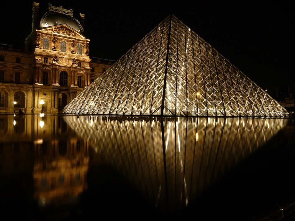 simo0082 - Louvre by Night