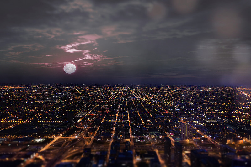 Shane Taremi - Full moon over Chicago