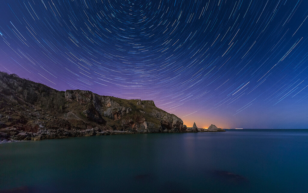 Mark Frost - Ansteys Cove star trails 1