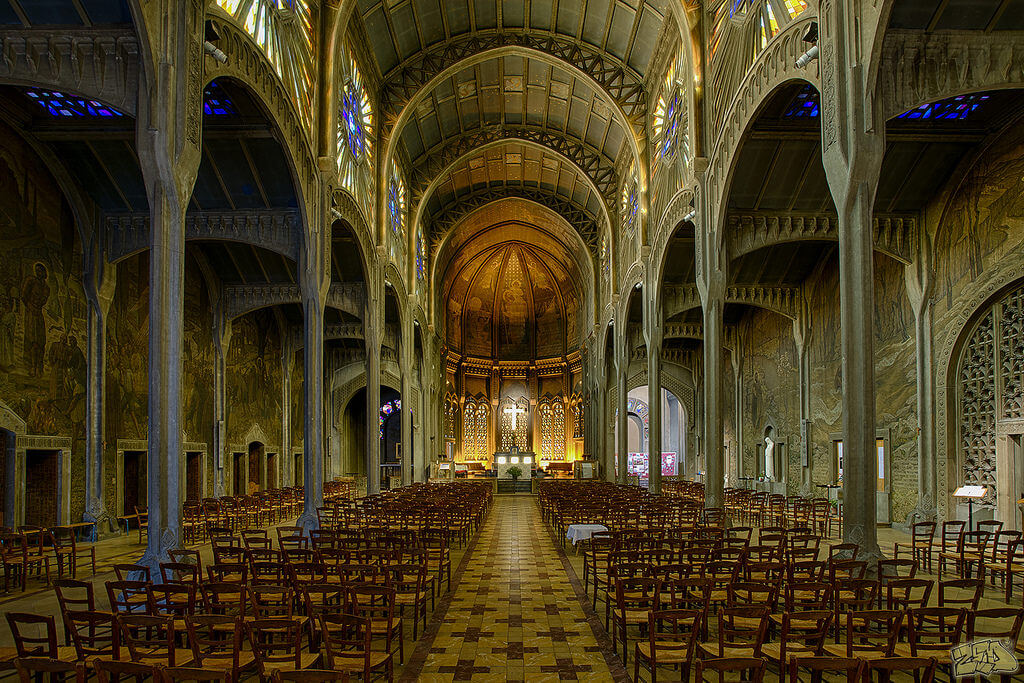 Eglise Saint Christophe de Javel, Paris.