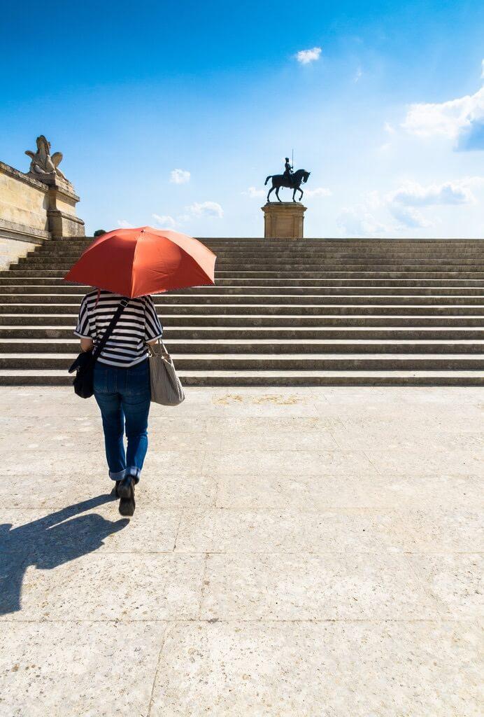 ivan sgobba red umbrella