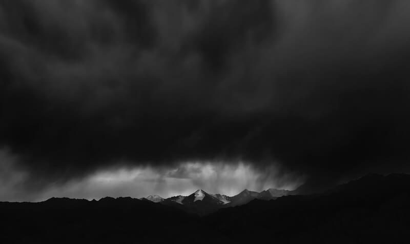 Nimit Nigam - Storm Over Himalayan Range