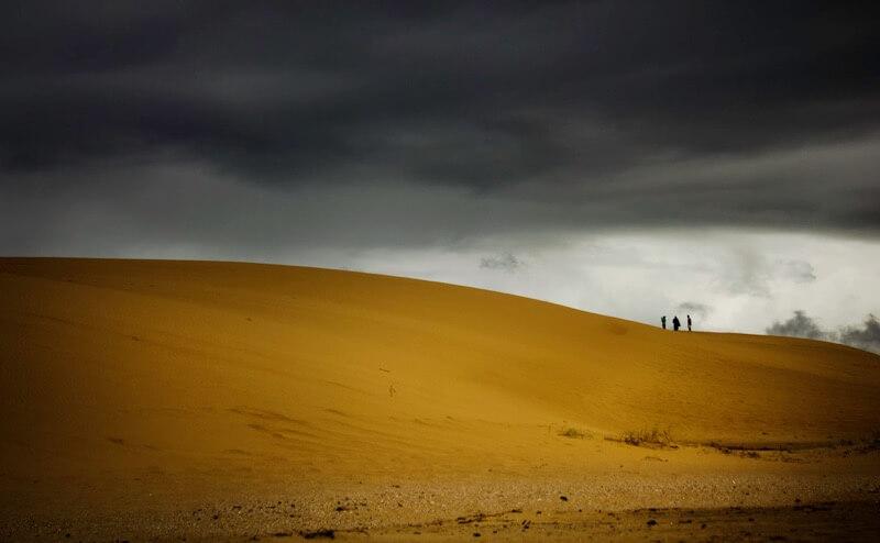 Wilson Silva - Threatening Storm Over the Dune