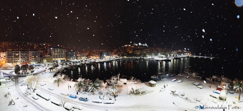 Fotis Mavroudakis - Snow covered city