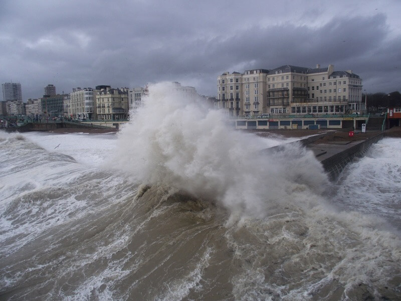 Dave Curtis - Stormy seas