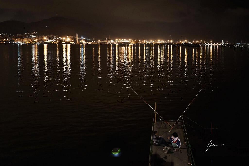 Las Arenas night