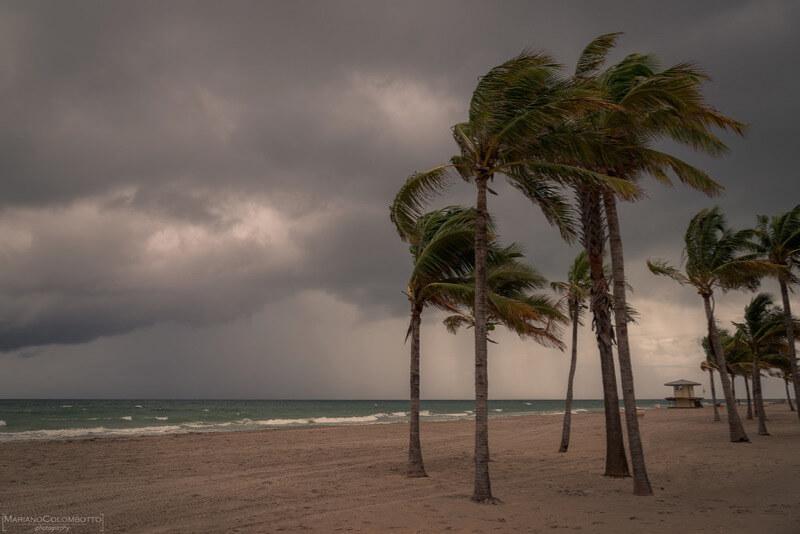 Mariano Colombotto - Empty beach