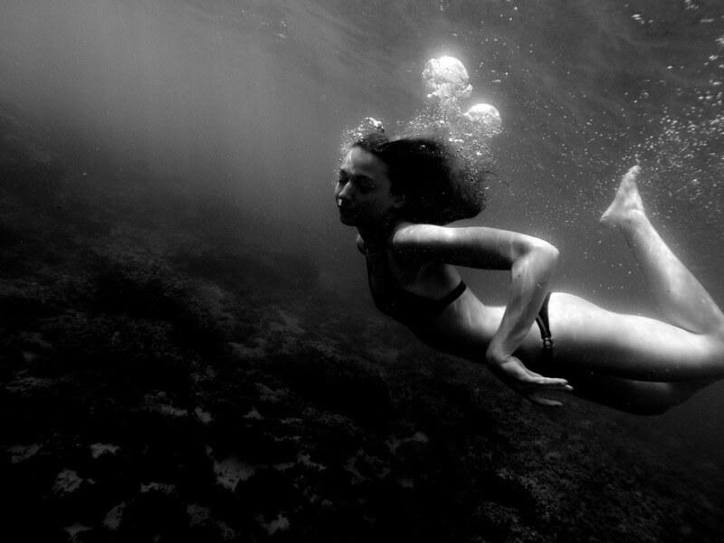 Martin Cox - Chica submarina