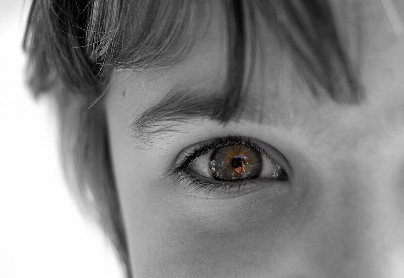 little girl eyes