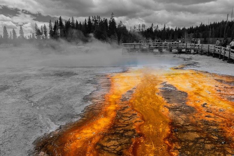 Ken Lane - Black Pool - West Thumb Geyser Basin (Yellowstone National Park)