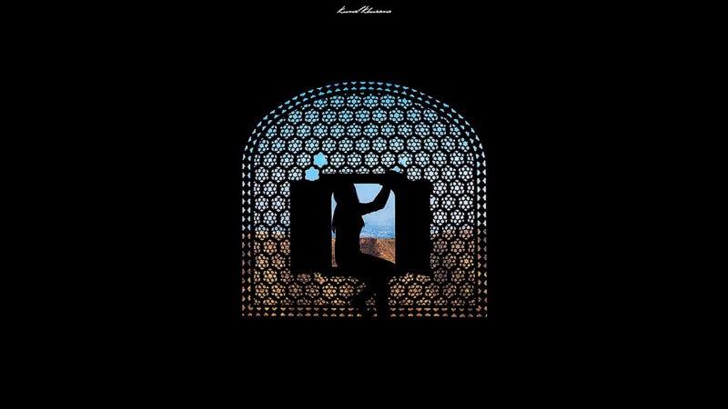 Kunal Khurana window silhouette