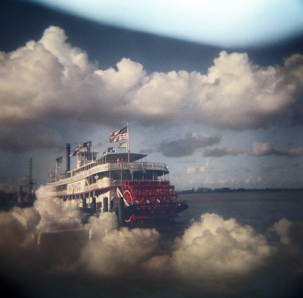 Chun-Hung Eric Cheng - Steamboat on Cloudy Mississippi