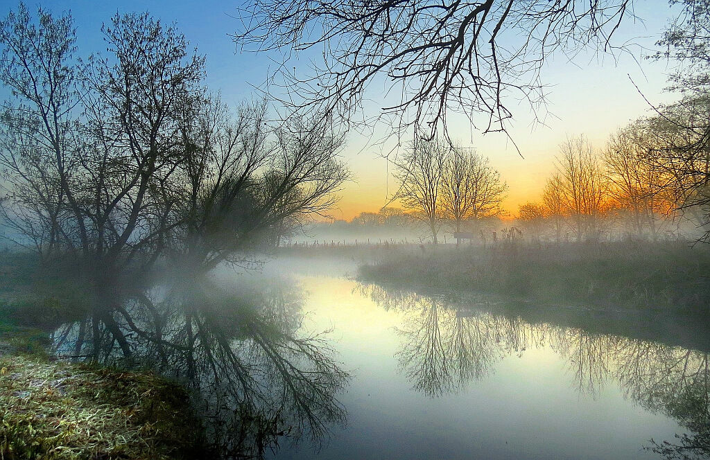 Robert Felton - Misty Morning Reflection