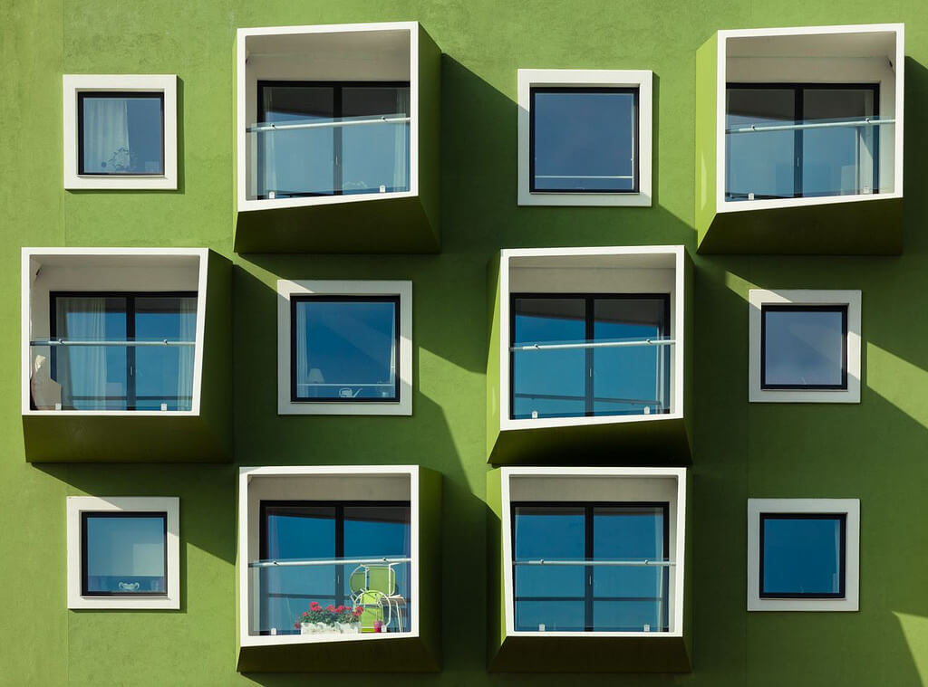 Ximo Michavila - symmetry windows