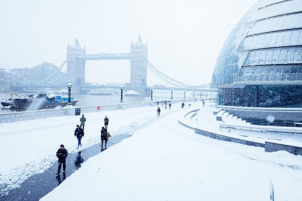 Snow, Tower Bridge