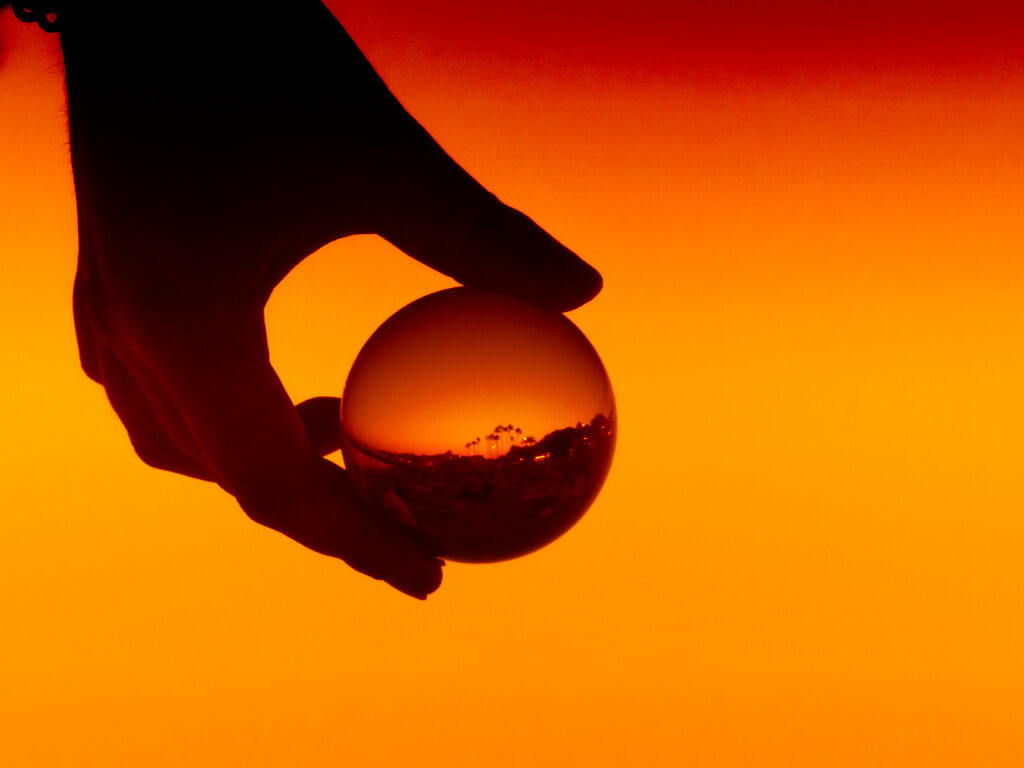 Maurits Verbiest - sunset in crystal ball