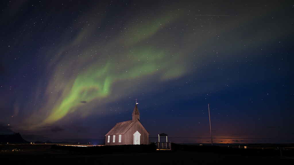 Giuseppe Milo - Northern lights - Budir, Iceland