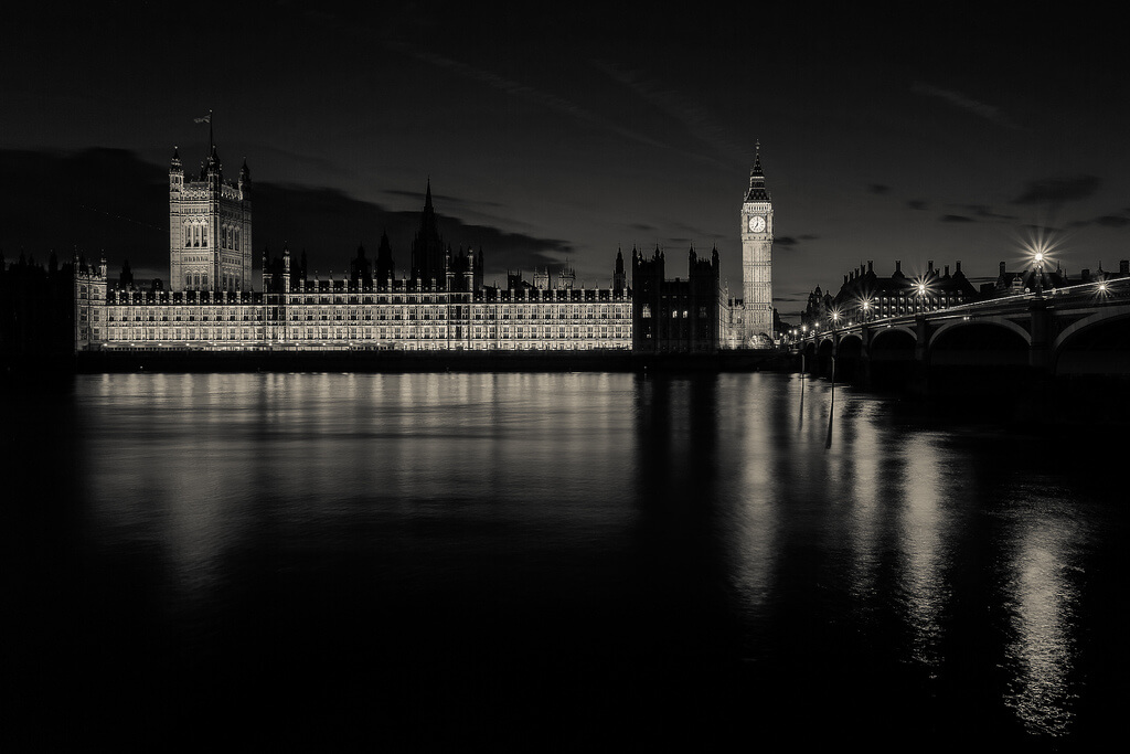 Paul Shears - british Parliament at night