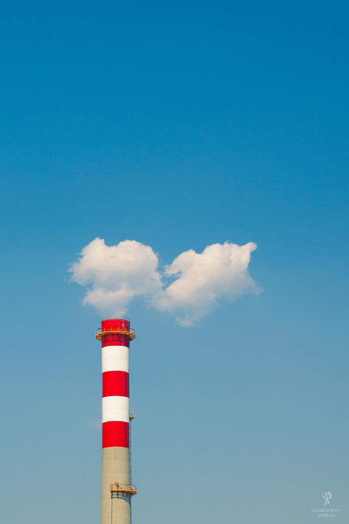 Минимализм в фотографии || Yane Naumoski - minimalist smoke stack