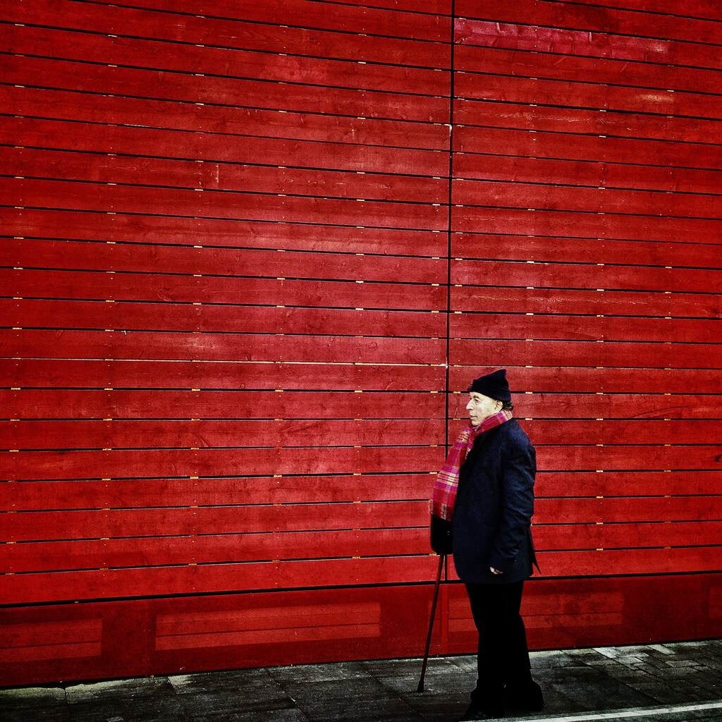 Frederique Bellec - walking Red