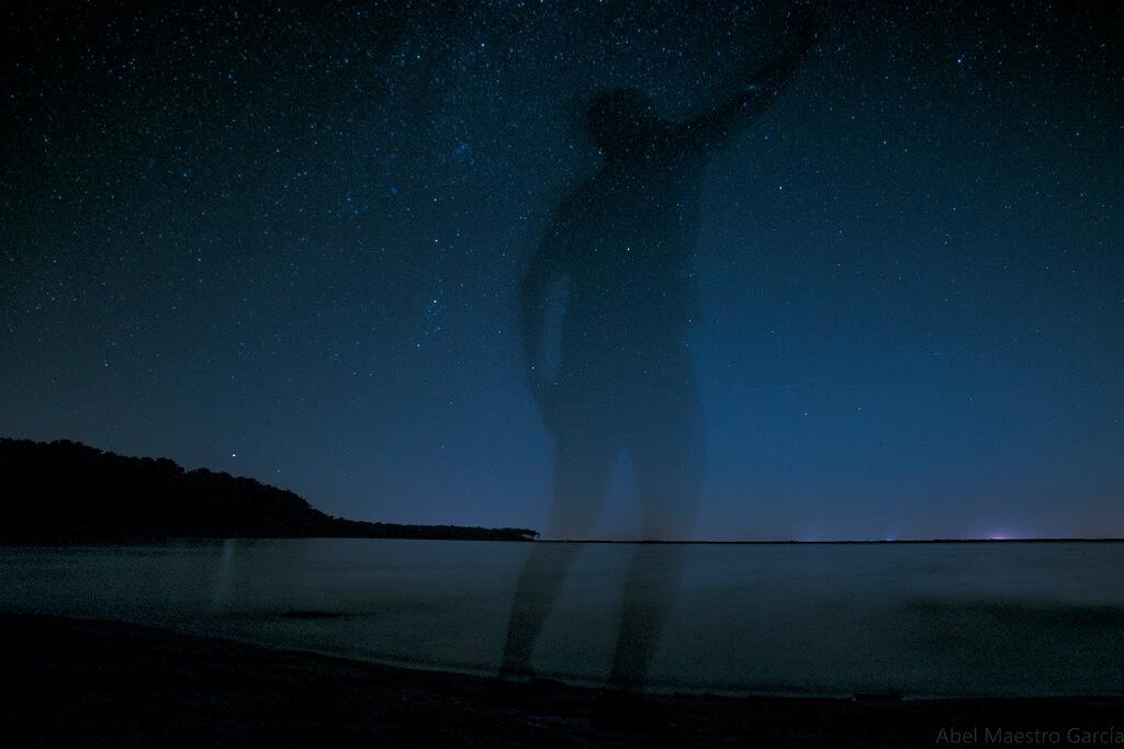 Abel Maestro Garcia - El pintor de estrellas - The Star Painter