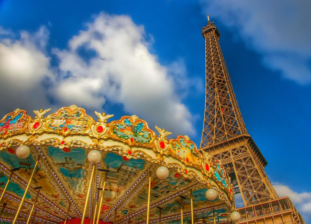 alyssa BLACK. - carousel | eiffel tower.